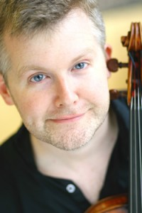 Mike Kelly, viola