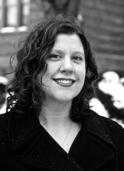 Kate Holzemer, viola