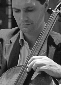 Jan Müller-Szeraws, cello
