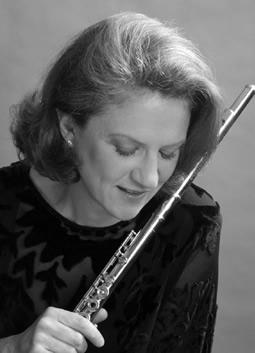 Gretchen Pusch, flute