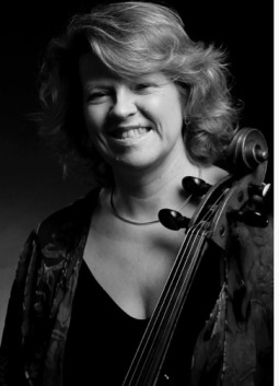 Miriam Roycroft, cellist
