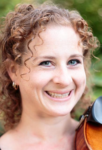 Emily Rome, viola